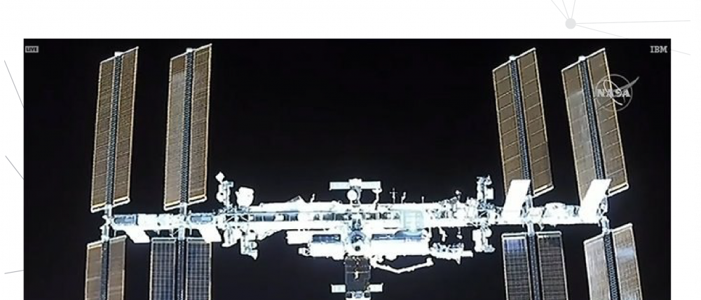 Crew Dragon 150 meters away from ISS